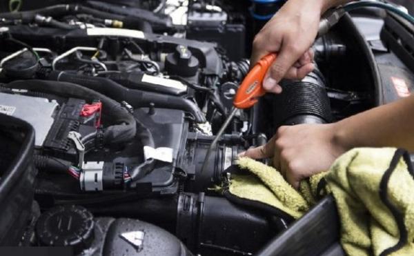 Rửa và chăm sóc xe 5S Đà Nẵng - Đơn Vị Vệ Sinh Khoang Máy Ô Tô Chất Lượng Đà Nẵng
